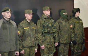Летняя и зимняя полевая форма одежды солдат и сержантов ВДВ