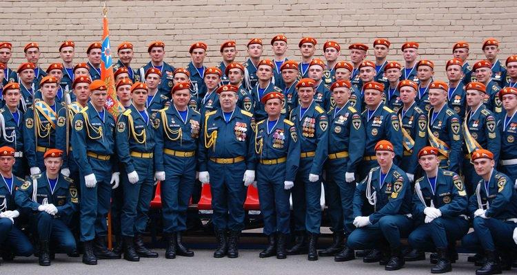 Торжественная униформа